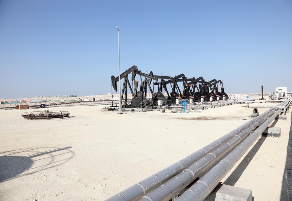 Главным источником дохода Бахрейна является нефть
