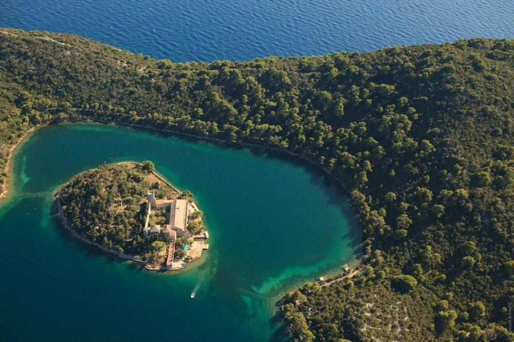Хорватский заповедник на острове Млет