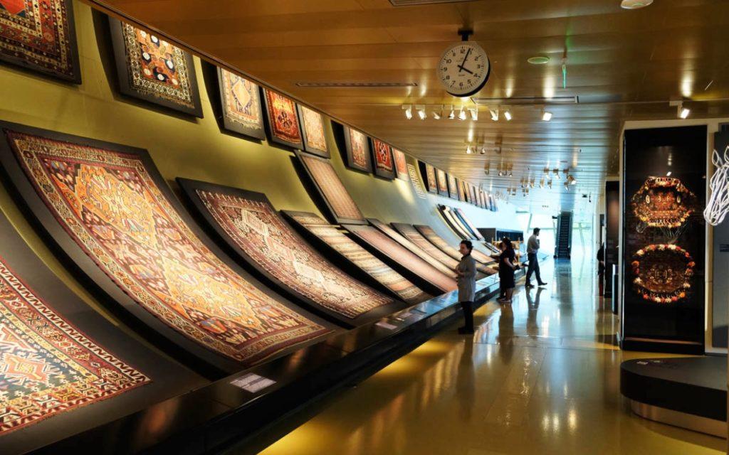 Азербайджанский музей ковра