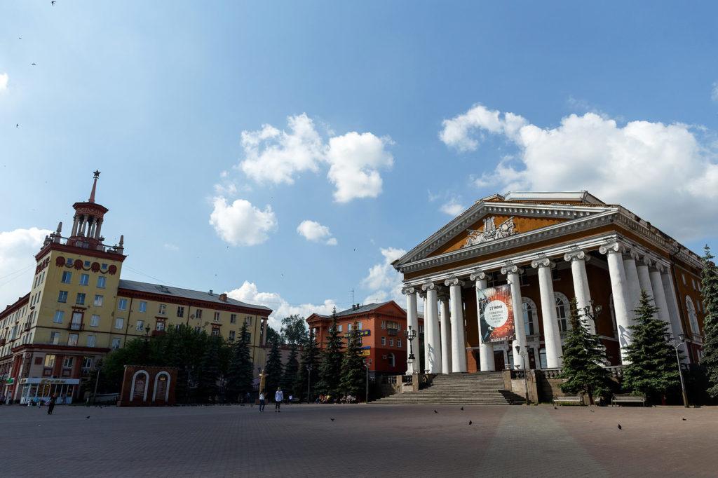 Где находится город Кузбасс - угольный бассейн.