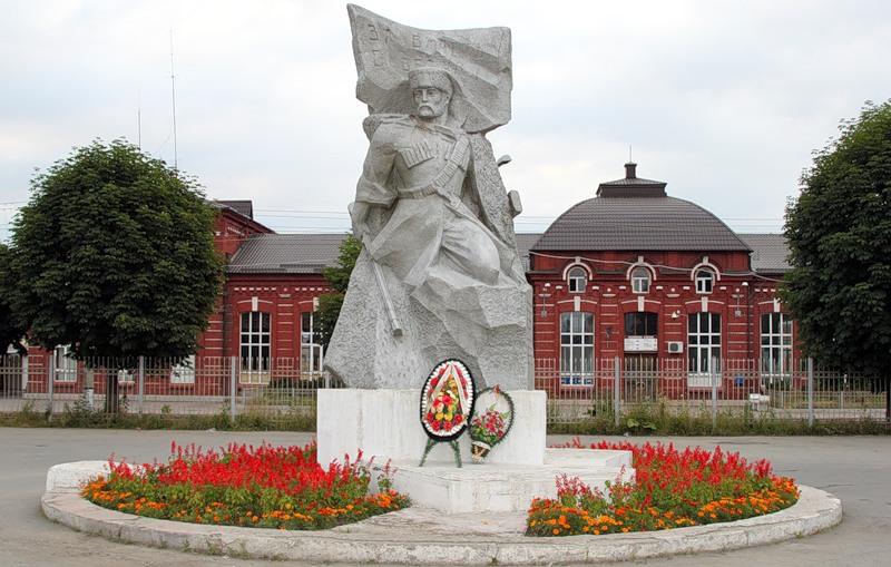 Где находится город Беслан - в какой республике?