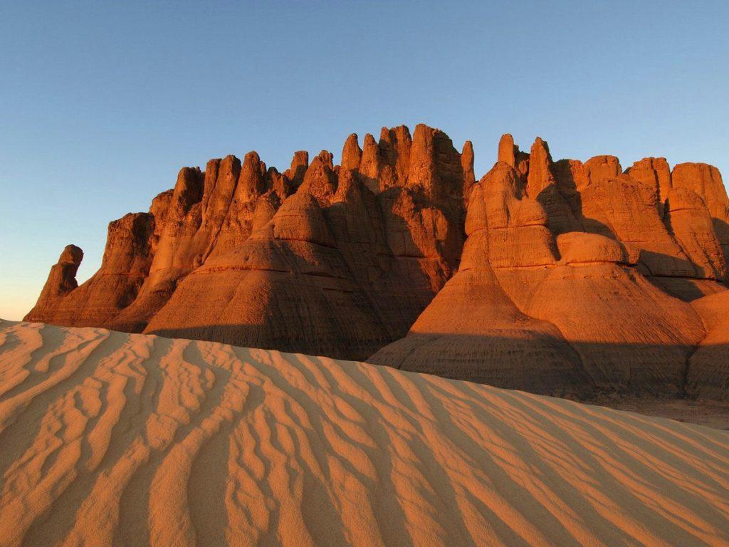 Где находится пустыня Сахара на карте мира? Страна и город. Где находится в Африке?